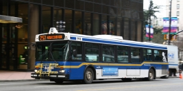 1999 New Flyer D40LF (West Vancouver Municipal Transit)